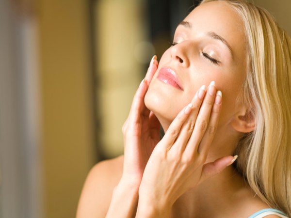 7-Things-You-Should-Know-Before-Exfoliating-Your-Skin